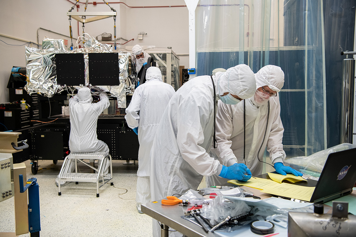 De-integrating the OCI ETU in preparation for lifting to the Thermal Vacuum (TVAC) Cart